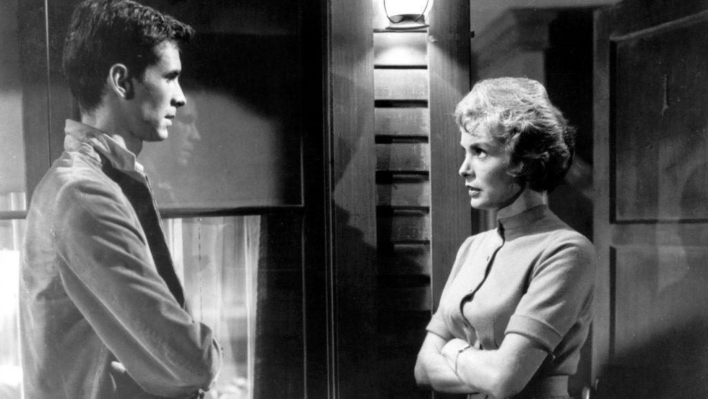 With film online disaster subtitrat romana flirting A Matador's